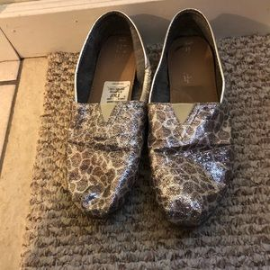 Glitter Leopard Toms